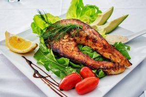 grilled dalmon bay leaf wrap